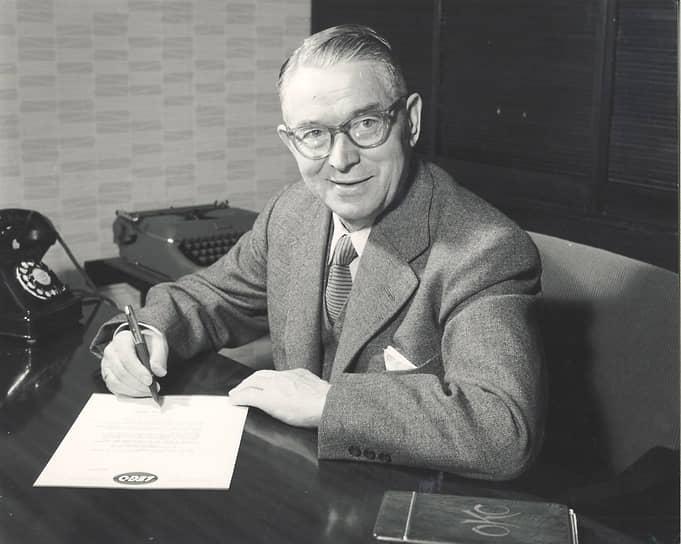 В 1951 году Оле Кирк Кристиансен тяжело перенес инсульт, от которого не сумел до конца оправиться. Он умер в 1958 году