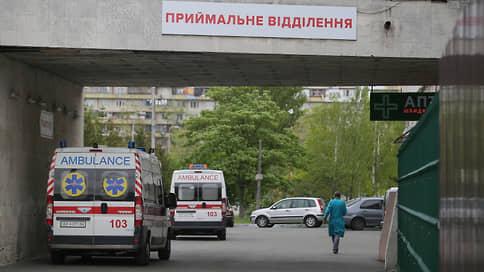«Кровати уже стоят в коридорах»  / Новые карантинные меры в Киеве привели к транспортному коллапсу
