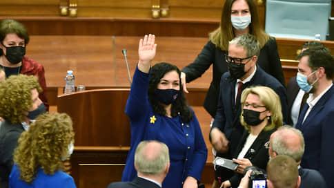 Косово попало в женские руки  / Новым президентом республики стала Вьоса Османи