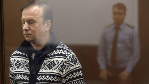 Кокс не тронулся  / Суд распустил присяжных заседателей по делу о поставках наркотиков из Аргентины