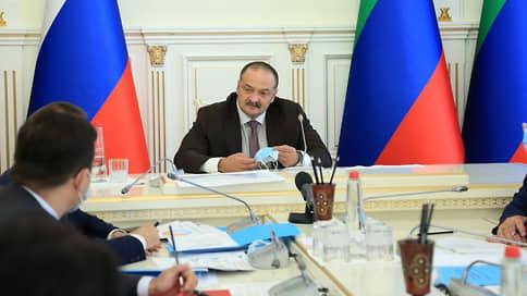 Коней на Дагестане не меняют  / Руководители двух республик высказались о скандальном конном походе