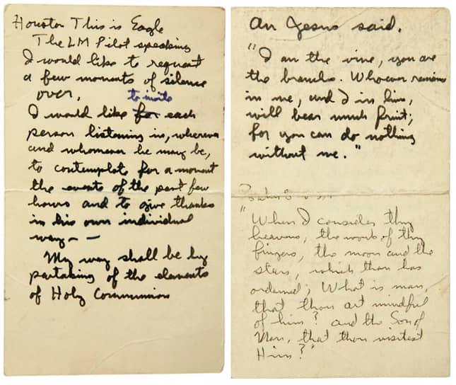 Карточка с записанным рукой Базза Олдрина текстом, содержащим строки из Евангелия, которую астронавт использовал во время совершения обряда евхаристии на Луне. В 2007 году продана с аукциона за $179 250