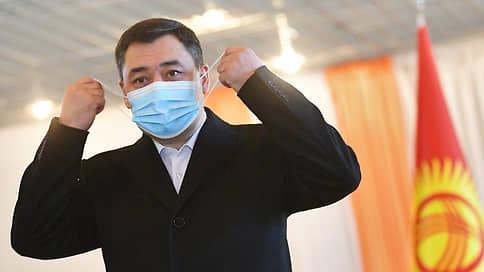 Президент Киргизии мог бы править один за всех // Если изменит конституцию республики