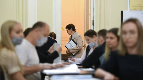 Политбюро ТИКа  / КПРФ продолжает борьбу за территориальные избиркомы Москвы