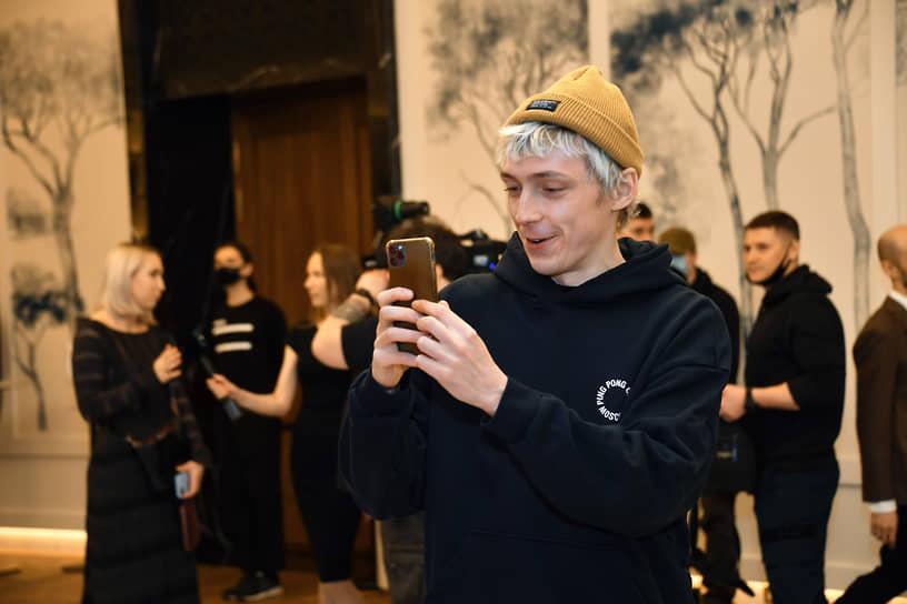 Актер Александр Горчилин во время церемонии открытия кинотеатра «Художественный» и премьеры фильма «Отец» Флориана Зеллера