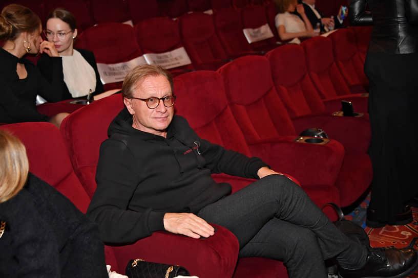 Руководитель компании «Уникум» Борис Белоцерковский во время церемонии открытия кинотеатра «Художественный» и премьеры фильма «Отец» Флориана Зеллера