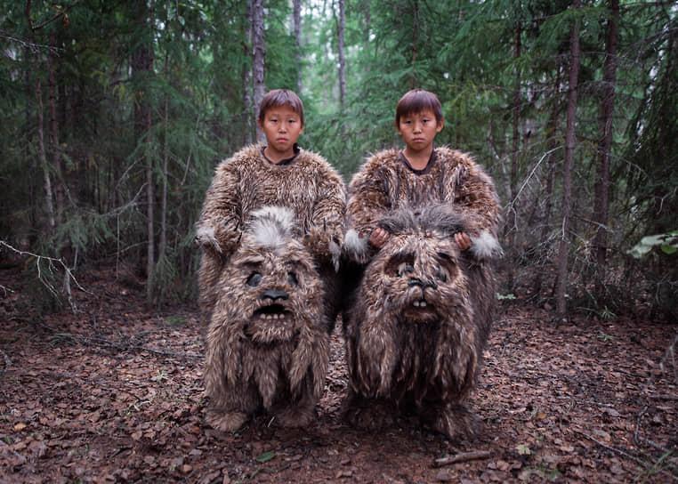 Лучшей фотоисторией в рубрике «Проблемы современности» стала серия снимков Алексея Васильева о кинопроизводстве в Якутии