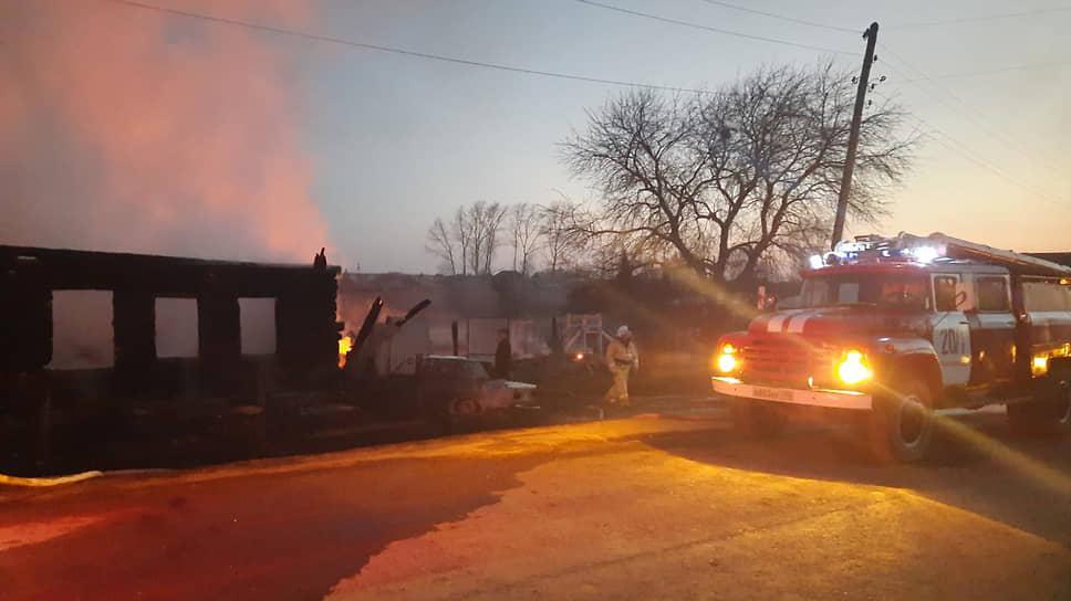 Пожар в частном доме в деревне Бызово