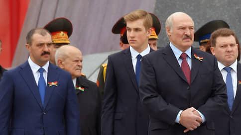 Александра Лукашенко якобы уберегли от судьбы Ахмата Кадырова  / Спецслужбы России и Белоруссии утверждают, что предотвратили покушение и госпереворот