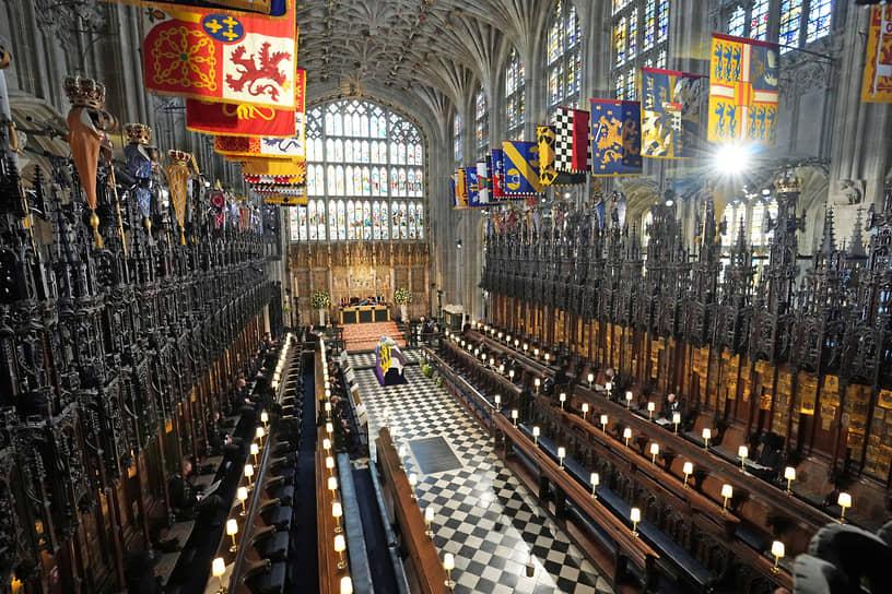 Песнопения, отрывки из Библии и музыкальные произведения, прозвучавшие в ходе прощальной службы, выбирал лично принц Филипп, который при жизни активно участвовал в планировании своих похорон