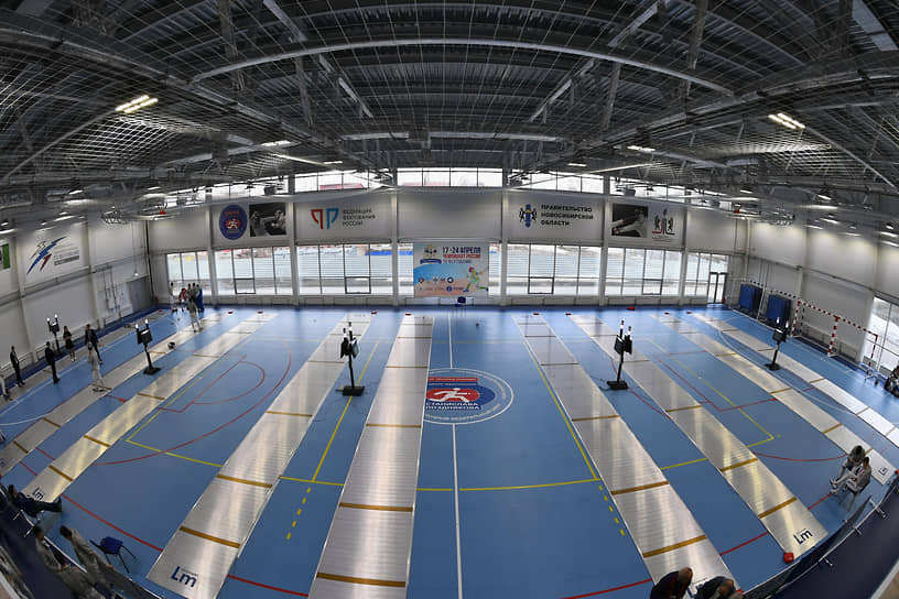 Строительство центра началось в 2017 году. Комплекс располагается в центральной части Новосибирска, его площадь — 5800 кв. м
