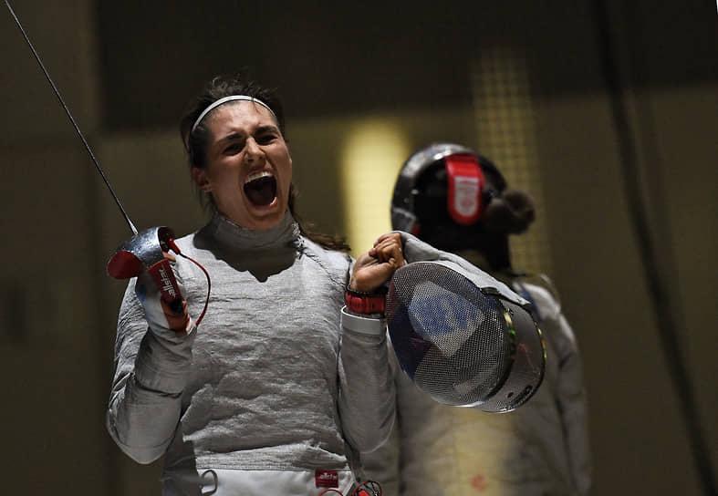 В личном первенстве по сабле среди женщин победила София Позднякова из Новосибирской области