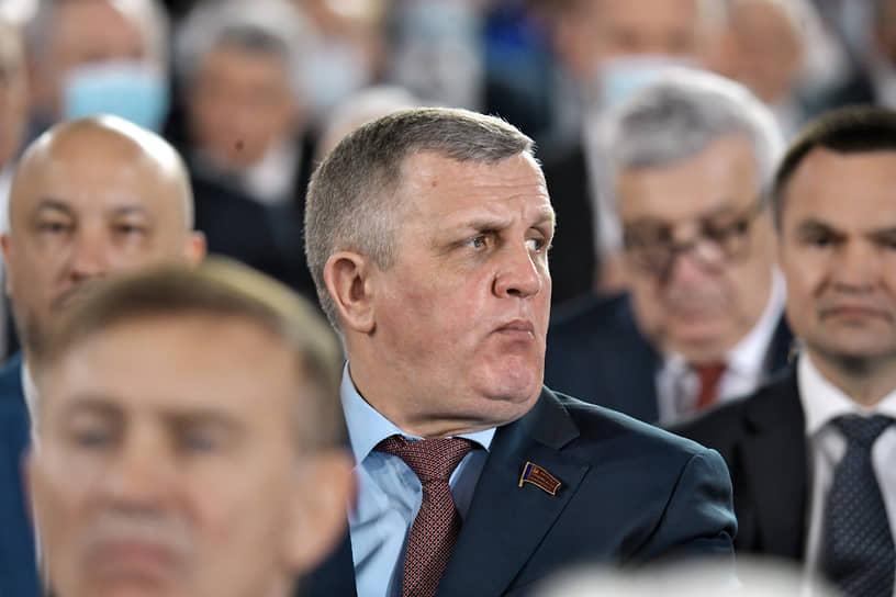 Первый зампред комитета Госдумы по труду, социальной политике и делам ветеранов Николай Коломейцев