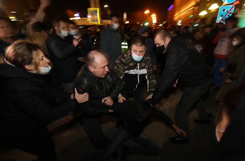 В Волгограде на акции в поддержку Алексея Навального были задержаны четыре человека