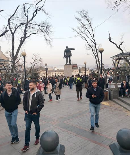 Митинг в поддержку Алексея Навального во Владивостоке
