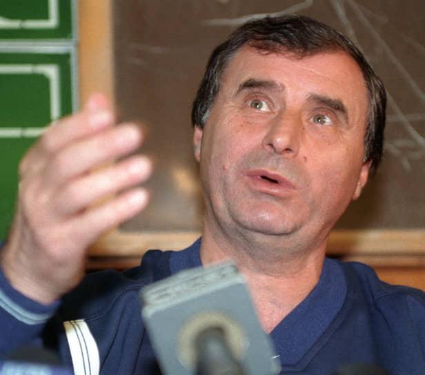В 2005 году Анатолий Бышовец несколько месяцев тренировал дебютировавший в премьер-лиге клуб «Томь», а в 2006-2007 годах руководил московским «Локомотивом». Кроме этого, был тренером-консультантом махачкалинского «Анжи» (2003) и краснодарской «Кубани» (2009)