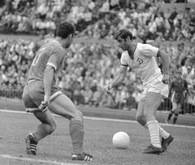 С 1963 по 1973 год был нападающим киевского «Динамо». На протяжении всей клубной карьеры играл за эту команду, провел 139 матчей и забил 49 мячей. В составе «Динамо» стал четырехкратным чемпионом СССР (1966, 1967, 1968, 1971) и двукратным обладателем кубка страны (1964, 1966)