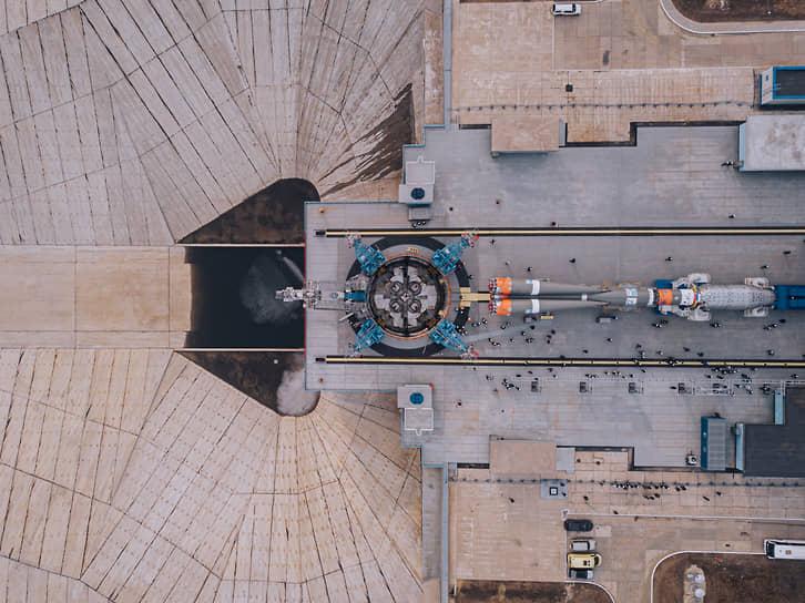 Амурская область, Россия. Ракета-носитель «Союз-2.1б» на стартовой площадке космодрома Восточный
