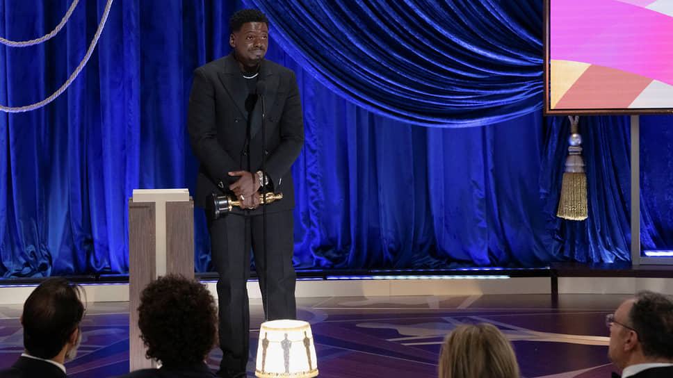 Дэниел Калуя получил «Оскар» за лучшую мужскую роль второго плана в фильме «Иуда и черный мессия»