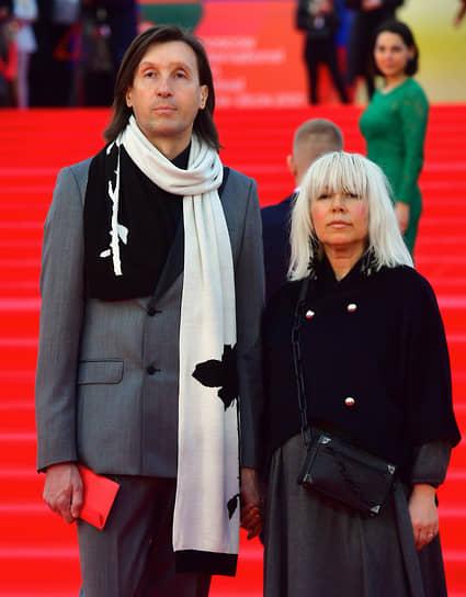 Дизайнер Сергей Сысоев с супругой Ольгой на церемонии открытия ММКФ