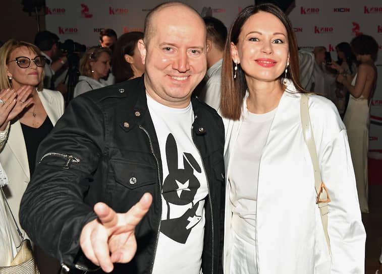 Актеры Сергей Бурунов и Ирина Безрукова во время церемонии вручения премии «Аванс» журнала «Кинорепортер»