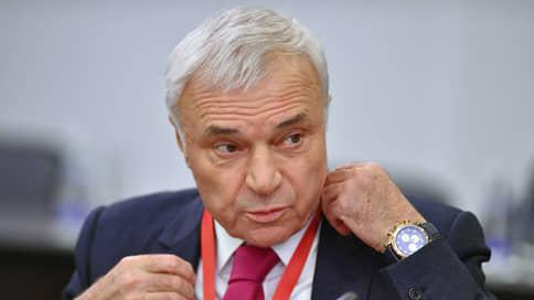 Виктор Рашников продает 3% ММК  / Акционер может выручить за пакет 23 млрд руб.