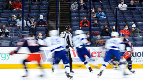 НХЛ готовит канадскую переправу // Из-за закрытых между США и Канадой границ лиге придется корректировать розыгрыш play-off