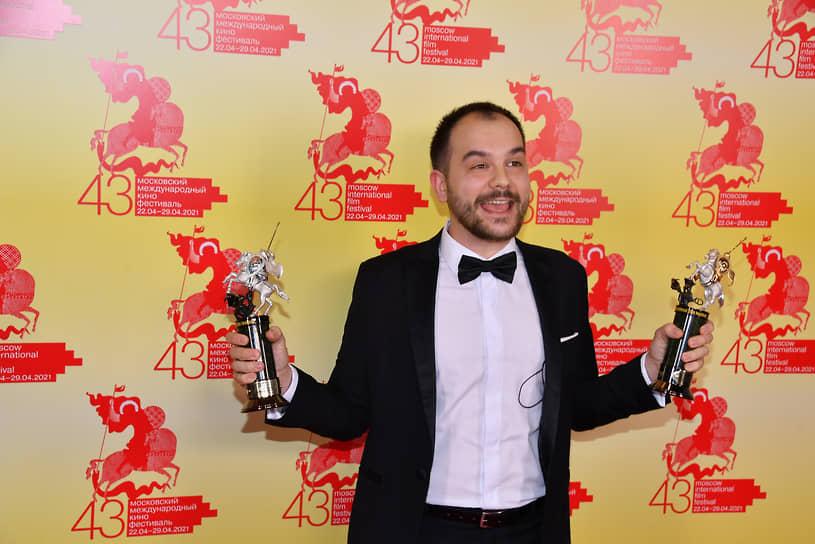 Режиссер Андрей Хуцуляк, получивший главный приз фестиваля за фильм «#засранка»