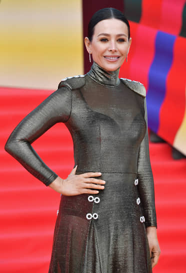 Актриса Екатерина Волкова на красной дорожке перед началом церемонии закрытия Московского международного кинофестиваля