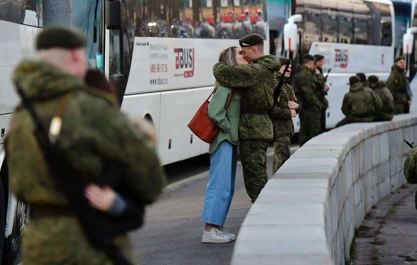 Первая ночная репетиция парада прошла в Москве 29 апреля