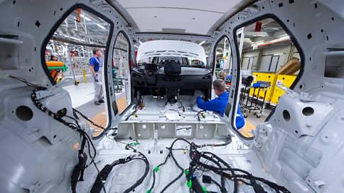 Страдание машин  / Нехватка чипов сокращает мировое производство автомобилей