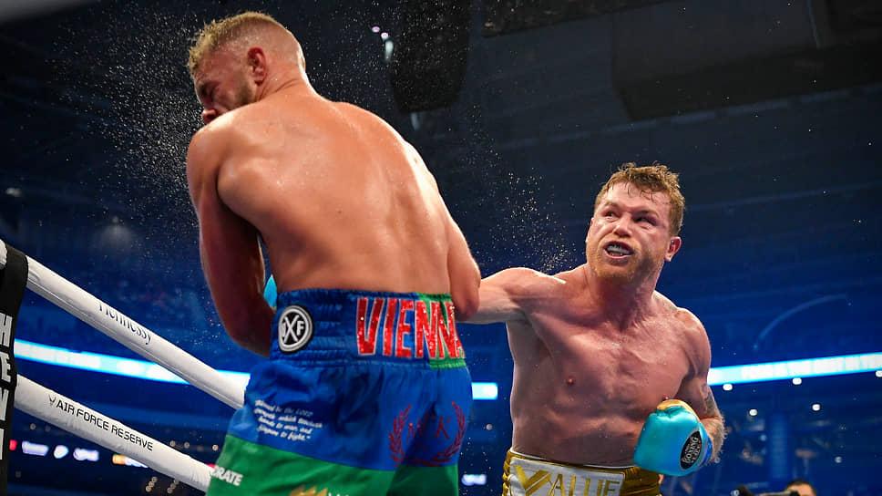 Сауль Альварес победил ослепительным способом / Мексиканский боксер взял третий титул в суперсреднем весе
