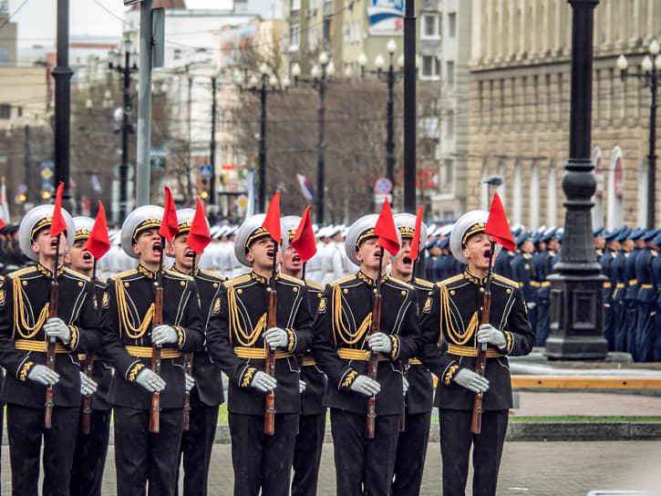 Хабаровск. Парад Победы
