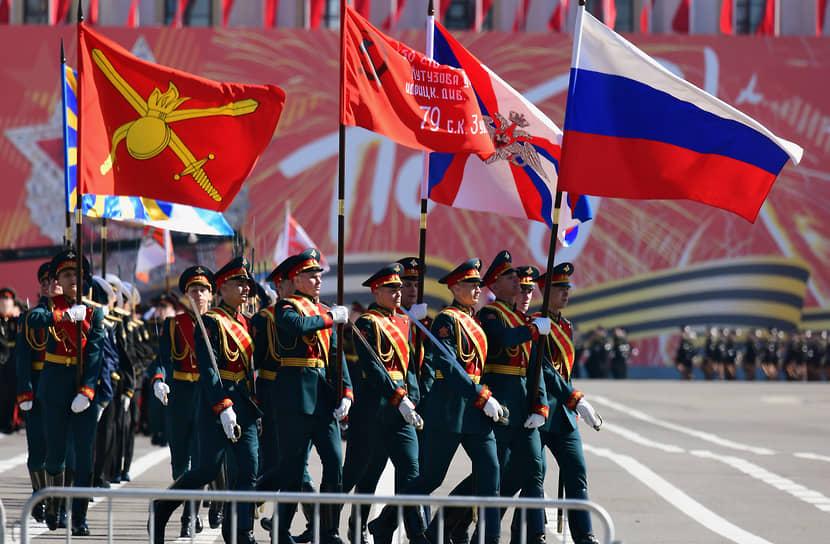 Санкт-Петербург. Военный парад на Дворцовой площади, посвященный 76-й годовщине Победы в Великой Отечественной войне