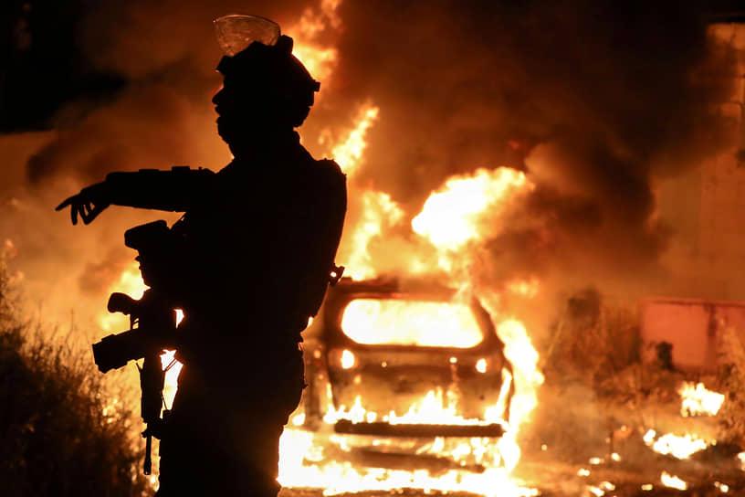 Массовые беспорядки в Старом городе Иерусалима начались 22 апреля после вечерней молитвы месяца Рамадан и продолжились в начале мая