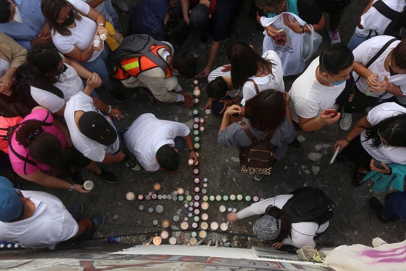 Гвадалахара, Мексика. Демонстрация в память о похищенных и убитых неизвестными местных жителях