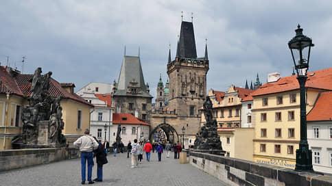 «Теперь взаимопонимание невозможно»  / Эксперты из России и Чехии обсудили кризис в отношениях