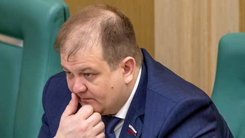 Сторонники Сергея Фургала покидают ЛДПР  / Второй сенатор от Хабаровского края вышел из партии