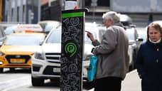 Дептрансу Москвы понравились платные парковки  / Мэрия, депутаты и жители разошлись в оценках введенных в апреле платных зон