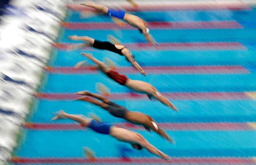 Будапешт, Венгрия. Смешанная эстафета 4х200 м вольным стилем на чемпионате Европы по водным видам спорта