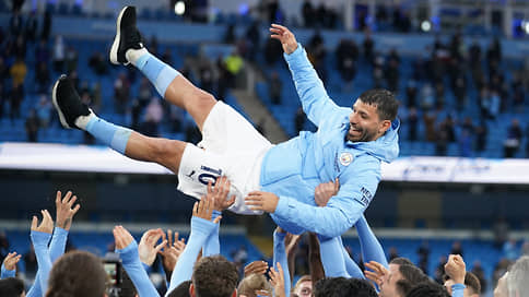 В Барселоне станет больше аргентинского // Этим летом в клуб перейдет форвард Манчестер Сити Серхио Агуэро