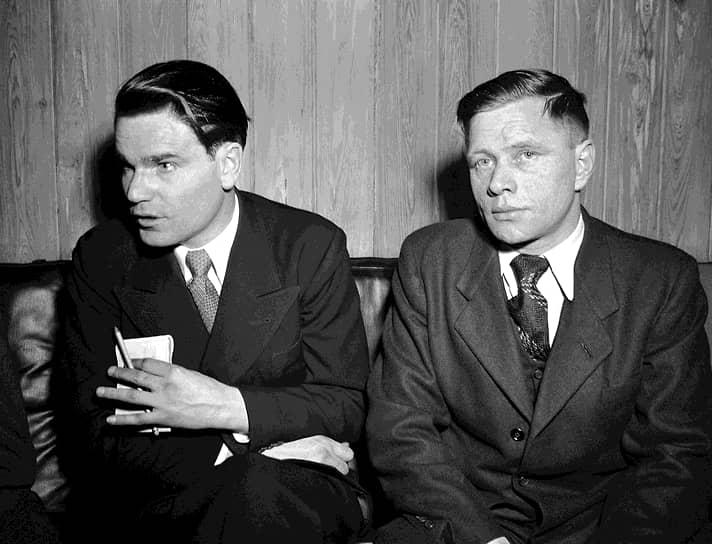 9 октября 1948 года советские военные летчики Петр Пирогов (на фото слева) и Анатолий Барсов (справа) перелетели на бомбардировщике Ту-2 ВВС СССР с украинской авиабазы Коломыя в Австрию, сев на аэродроме американской авиабазы Фоглер в союзнической зоне оккупации. Через четыре месяца они прибыли в США, где им был предоставлен вид на жительство. Побег летчиков стал сенсацией, широко освещавшейся в западной прессе. Считается одним из начальных эпизодов советско-американского противостояния в Холодной войне