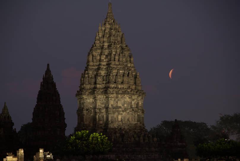 Джокьякарта, Индонезия. Комплекс индуистских храмов Прамбанан