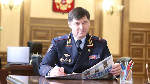 Генерал сохранил свободу, но не звание // Бывшего главу тюменского УМВД осудили за взятку