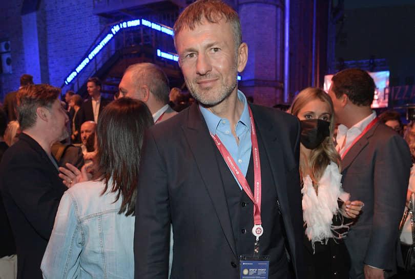 Владелец компаний «Еврохим» и СУЭК Андрей Мельниченко на вечеринке банка «Открытие» в Co-op Garage на улице Гороховой