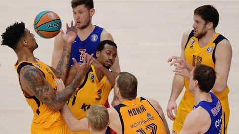 Химкам не на что играть // Баскетбольный клуб выбывает из чемпионата Единой лиги ВТБ