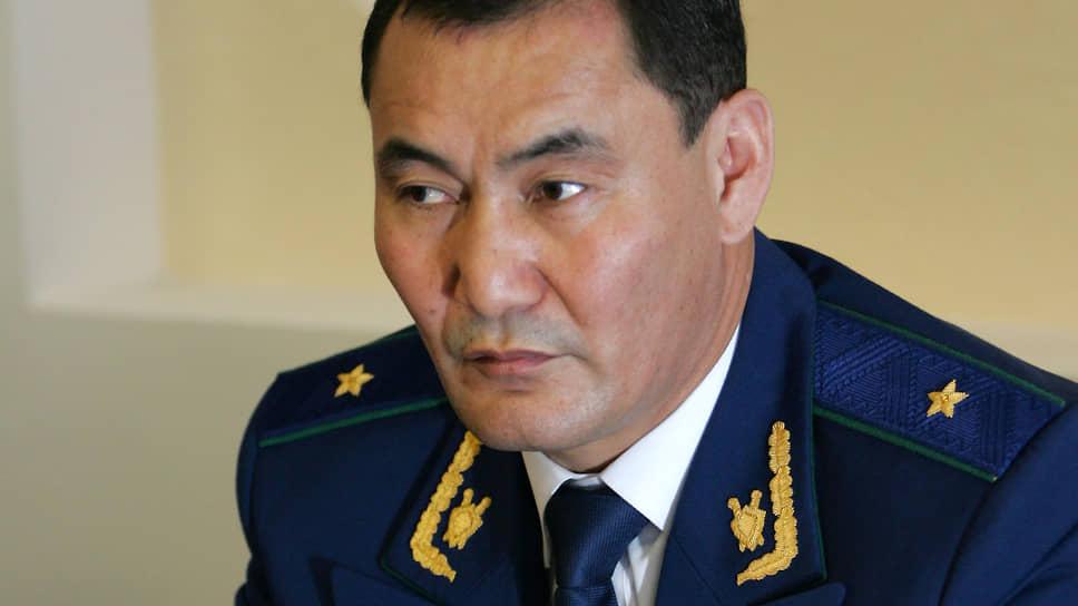 Генерал-лейтенанта рассудят как террориста