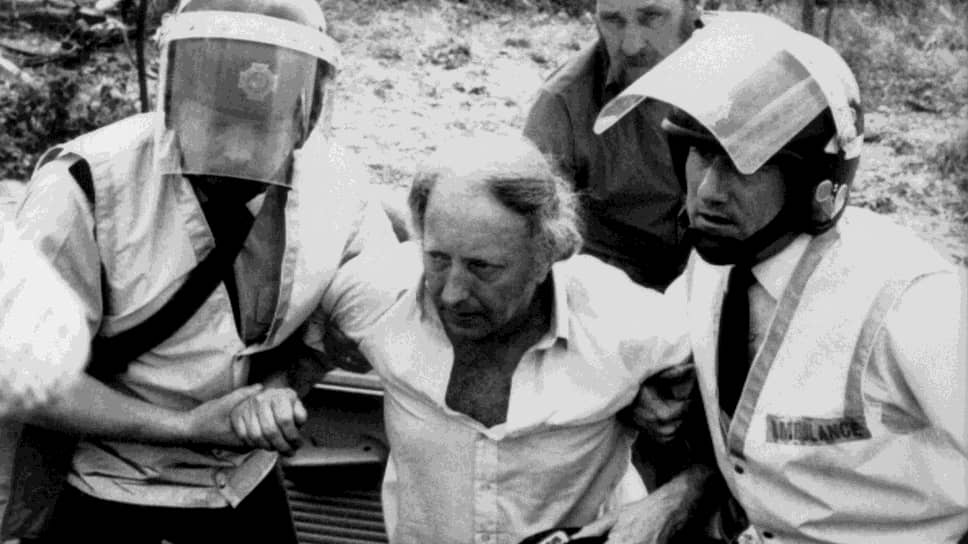 Артур Скаргилл (в центре) участвовал в «Битве при Оргриве»