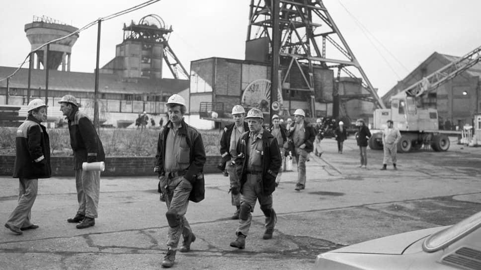 После длившейся почти год забастовки шахтеры вернулись к работе, не добившись ничего
