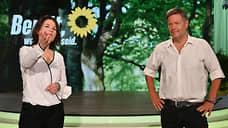 Немецким консерваторам дают зеленый свет на выборах  / Их конкурентка Анналена Бэрбок стремительно теряет шансы стать канцлером